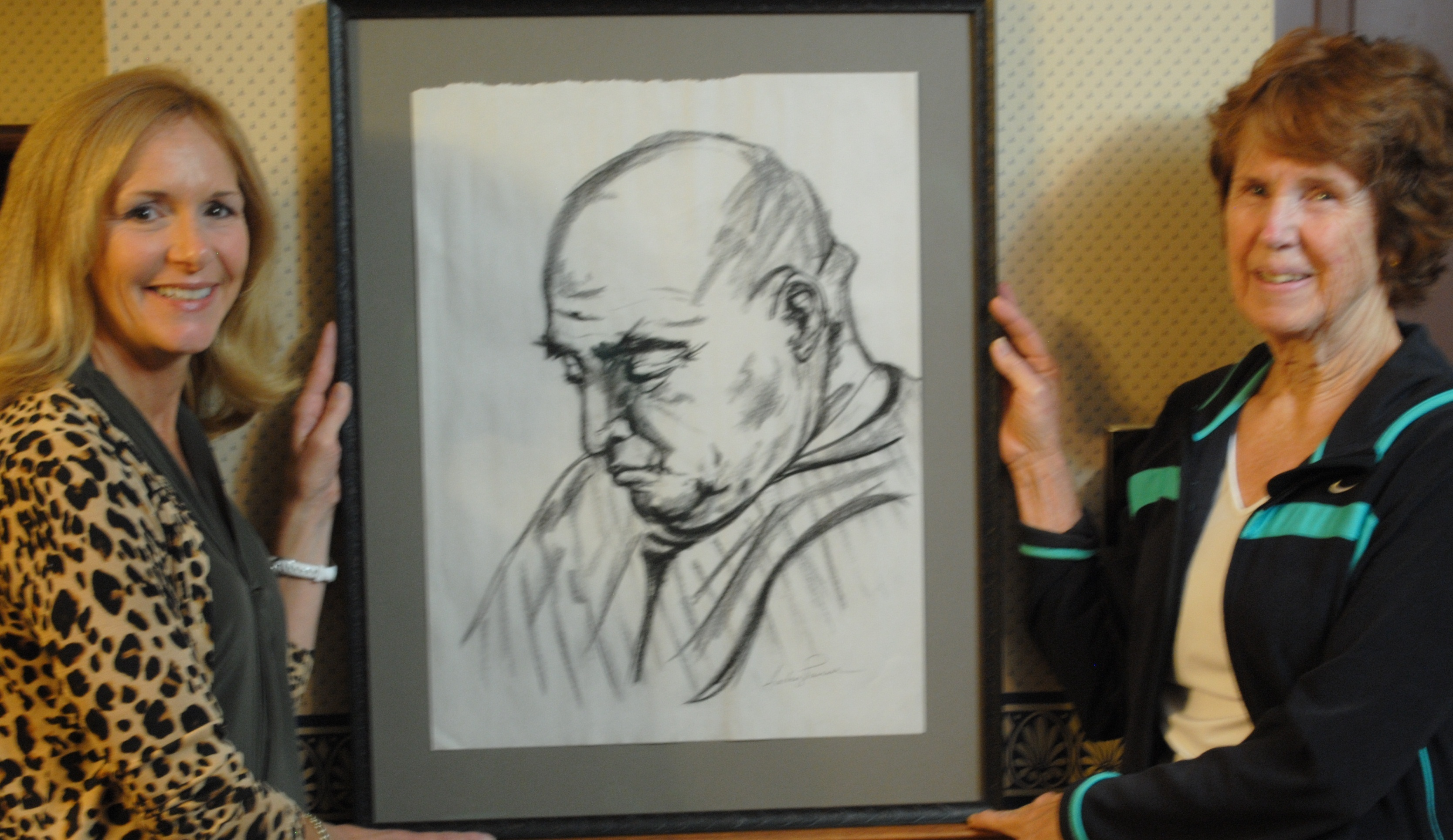 fc4bea414e7cc144c749_art_auction_picture1.jpg
