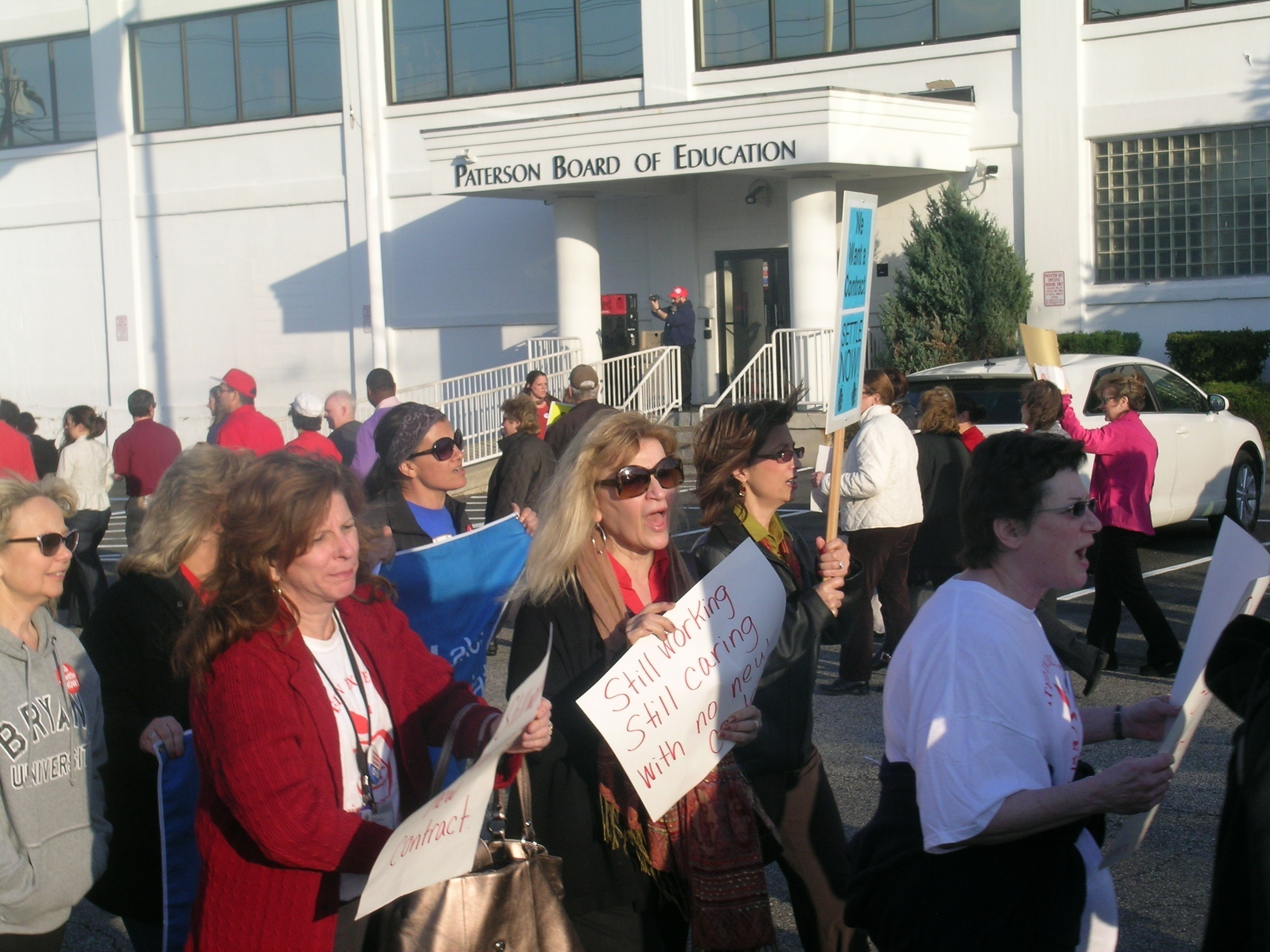 Paterson Teachers Oppose District's Efforts to Implement Merit Pay