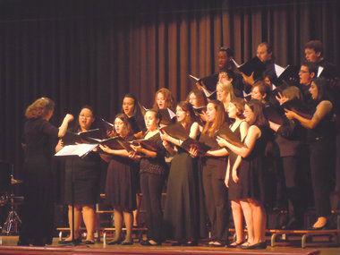 ff0d0feee0c01e405656_Concert_Choir.jpg