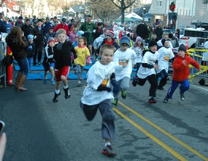 Fun Run Participants at the Turkey Trot.