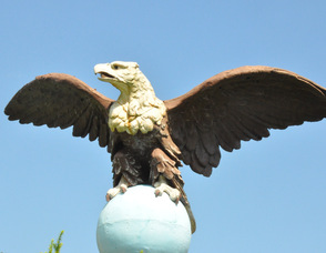 An eagle, originally from Grand Central Station at the turn of the 19th Century, presides over the zoo.