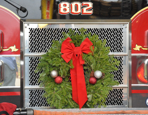 The front of Engine 802, adorned with a wreath.