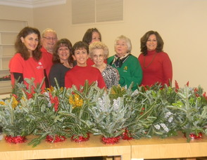 Keller Williams Realty of Summit Donates Centerpieces to the New Providence Senior Center, photo 1