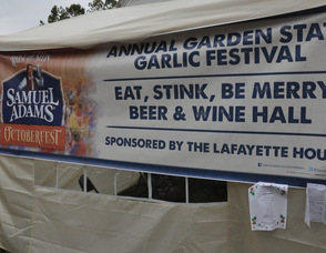 Sign welcoming visitors to the Garlic Festival.