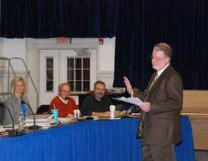 Sparta Board Gets Lesson, photo 3