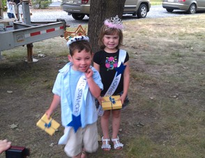Little Mr. and Miss Stanhope - Scottie Percarpio, 5, and Ashley Herman, 4