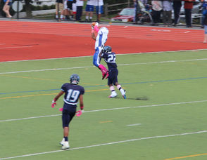 #80 Sterling Baker on a 12 yard reception