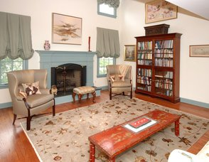 TRADITIONAL FORMAL LIVING ROOM