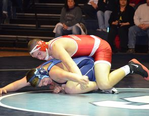 Wrestling: High Point Defeats Sparta 54-15, photo 3