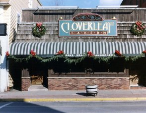 Cloverleaf Outside