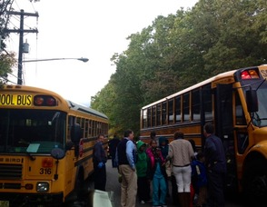 The No. 306 Bus picks up students from 316