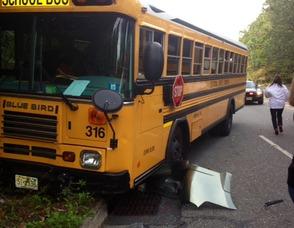 The 316 Bus on Eagle Rock Avenue near Mountain Avenue