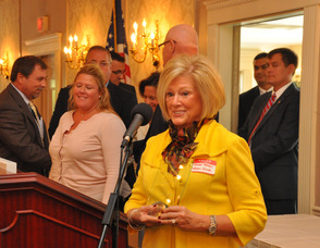 Janet Braen, accepts the award for Business Investment, for the Braen Family of Companies.