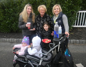 Jenifer Picone (right) with her sister, nieces and mom