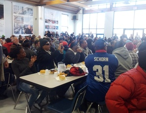 Victor Cruz Gives Back to the Community at Eva's Village, photo 2