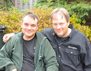 Scott Harris (left) with brother, Paul.