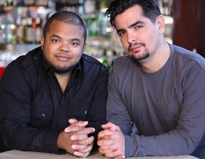 Roger Mooking Heating Up Cooking Channel with 'Man Fire Food', photo 1