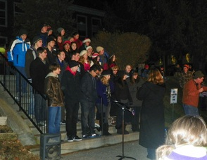 Chamber Singers Sing for the Crowd