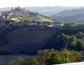 Piemonte, Land of Barolo, Barbaresco, White Truffles and Much More! Photo
