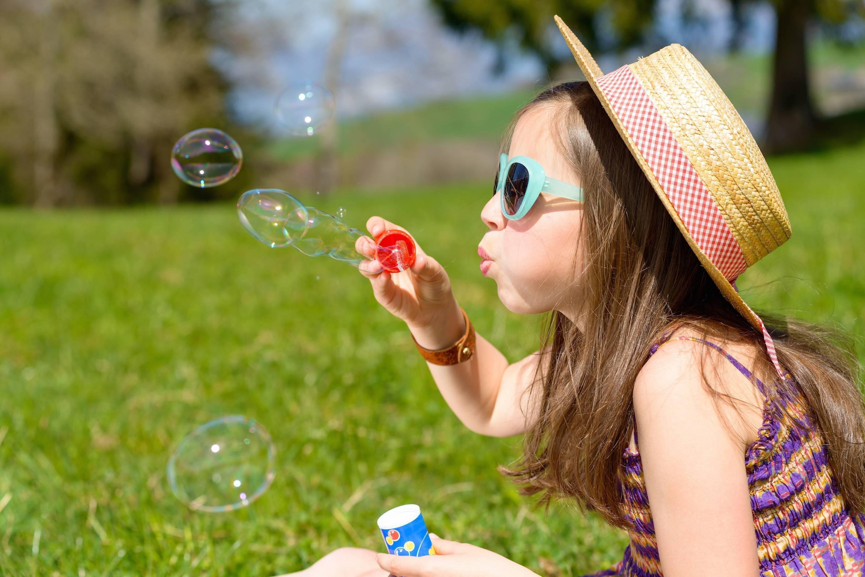 caaba9570e5af07bd8a1_f0ac32db6baf566bac4d_Summer_Bubbles.jpg