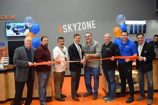 Top_story_036e95d088237df7e5b2_skyzoneopening5