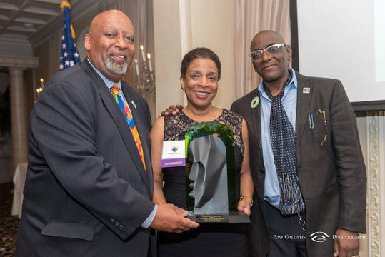 Top_story_14786bf2c506ec18d5a4_2018-05-10_greater_newark_conservancy_gala_amy_7789