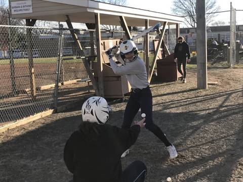 Top_story_179a4ca98ac32f6f3181_a-_johnson_varsity_softball_preview_story__1a