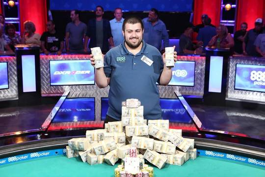 Top_story_26ec57cb84f2d0a863a4_8942631_web1_spt-wsop-jul23-17_bb_063