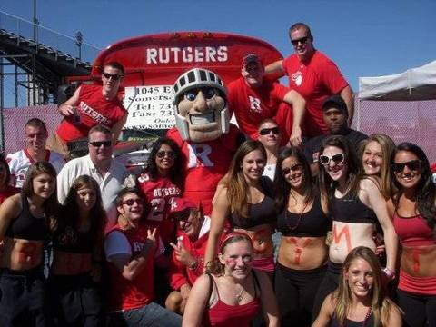 Top story 2b38438328b88dec13ba rutgers tailgating bus