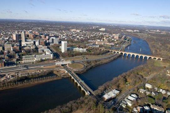 Top_story_5f6464f92bbd71e4914d_raritan-river-awards-580x385