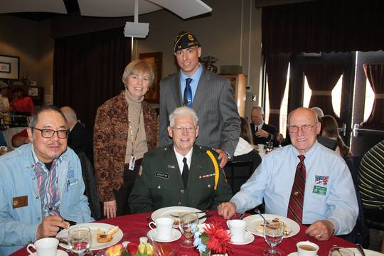 Top_story_772f525bf7c46fc26222_veterans_brunch