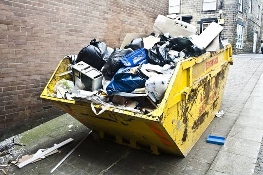 Top_story_7bc6285d48b428bcd6a6_e-waste_garbage