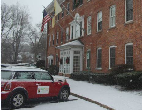 Top_story_8830ce4af2a9d7662a80_town_hall_mini_snow_a