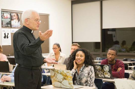 Top_story_8b30eb40b908267ed4c2_seton_hall_religion_and_communications_oct_2017