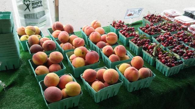 Top_story_8bd9d70d305cecfda05d_farmers_2017_-_peaches
