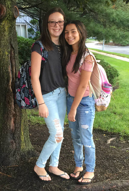 Top_story_9425861f1f39b48b5f69_ems_alyssa_cambiotti_grade_7_and_delaney_scalera_grade_7