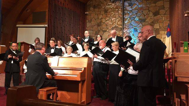 Top_story_984d0da46070a3face41_deer_ridge_singers_in_concert
