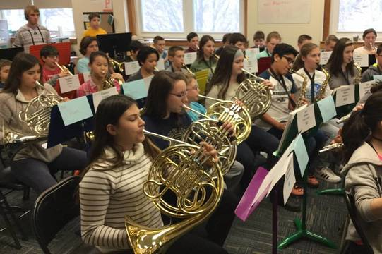 Top_story_a55ce10b3073c5cf58c8_3d7857051edbbaf3f514_6th_grade_combined_rehearsal_with_rhs_1