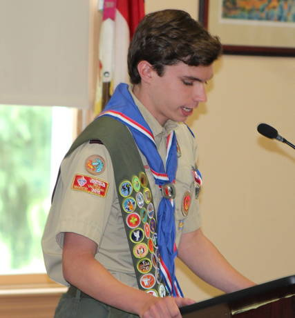 Top story a860d9bf21238d0e8142 a conner phalen addresses the group