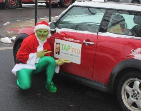 Top_story_a9e17a4689b2f834ec18_tapinto_mini_grinch