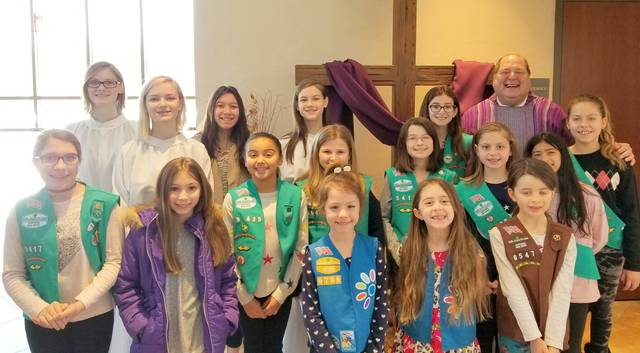 Top_story_ad6827a664748ea50916_girl_scout_sunday_march_11__2018_by_deb_kozell___crop