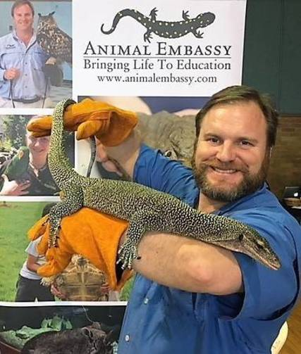Top story af22ac6e81f97a038a17 chris  evers with mangrove monitor  2
