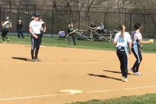 Top_story_b2fffac7d0db1629da0b_5559f6d5c138e70fb660_ryan_softball