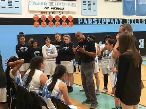 Top_story_b5b7b8aba6c0340c888f_parsippany_hills__coach_donnie_forster_discusses_strategy_with_his_team