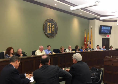 Top_story_b917ceb7c5982f0f6658_mosquejointmeeting5_10.17