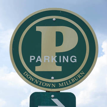 Top_story_bf3675f58fa30644734d_ec9c78d0fa8836db78ee_parking_sign-1