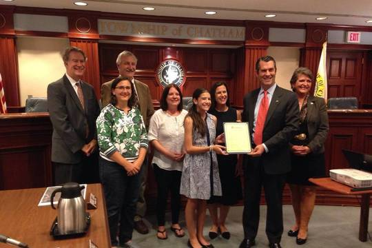 Top_story_c0dbd85e44de02ef2cf3_e761eabdc15fdec71b70_twp_farm_to_school_proclamation_photo