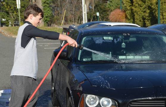 Top_story_c3fa4b3b15587a09b7f3_wrestling_car_wash_-_jack_hose