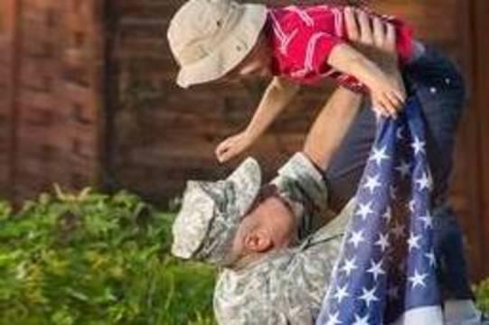 Top_story_c8dbe2e66ba234cd09c1_8347f9ff7f566e7e220c_carousel_image_bd82fa836aa34dddbea8_b16b539721f448b672bc_3a1e951592b161ae2dc1_america_-_army_dad_son
