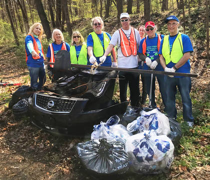 Top_story_cda94472b4907392b13a_2018-04-27_tca_earth_day_road_clean_up_006_towaco_civic_association